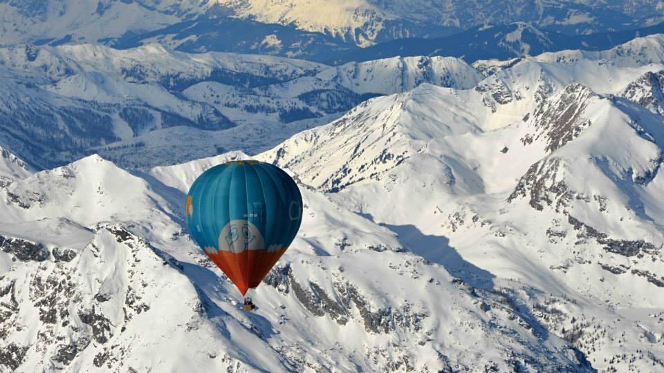 let balónem na přání